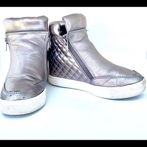 Girl's Steve Madden wedge sneakers
